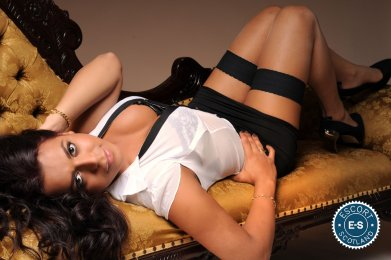 Meet the beautiful Carol TS in Glasgow West End  with just one phone call