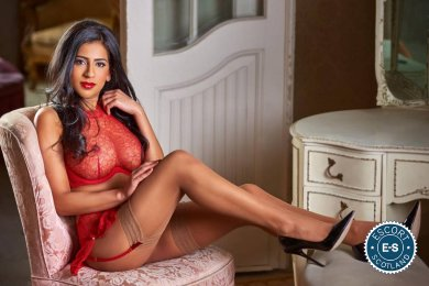 Meet Indian Amira in  right now!